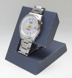 腕時計スタンド(ペーパークラフト)カーボン