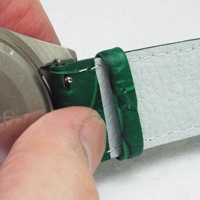 腕時計革ベルトカシス・アバロン